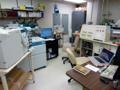 """The """"Thermo Finnigan Trace GC Combustion III"""" IRMS (the white box on the far left), is where all the isotopic analysis magic happens!"""